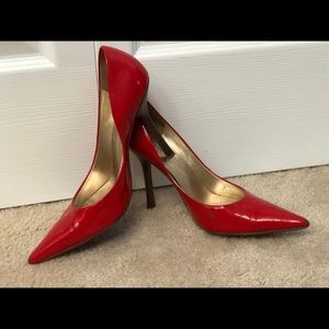 Guess by Marciano hot red heels 8.5